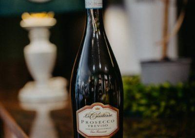 Prosecco Flasche in der Gourmet Abteilung