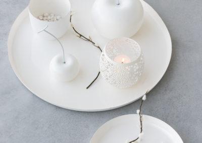 weiße Deko Äpfel Teelichthalter und Schalen
