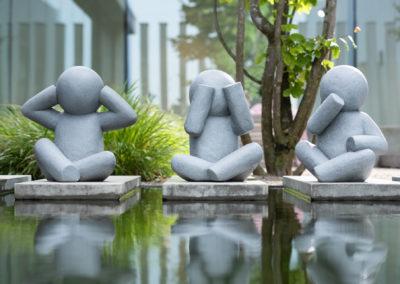 Drei Figuren aus Stein Symbolisieren Ruhe
