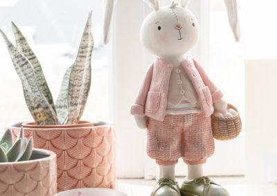 Zwei Vasen und ein Deko Hase aus Keramik in Rosa